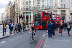 Monumentschnitt in London, Großbritannien Stockbilder
