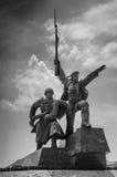 Monumentsoldat och sjöman Arkivbild