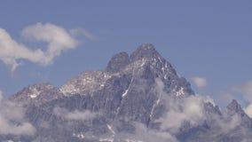 Monviso全景,称石头的国王 免版税库存图片