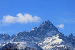 Monviso i pasmo górskie w Włochy fotografia royalty free