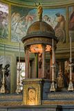 MONZA, ITALY/EUROPE - PAŹDZIERNIK 28: Ołtarz w kościół St Ger fotografia royalty free