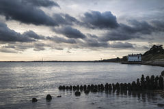 Moody sea landscape looking across Solent to Isle of Wight in En Stock Photos
