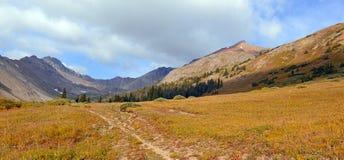 Mooi Alpien landschap in Rocky Mountains, Colorado waar vele 13ers en 14ers worden gevestigd Stock Foto's