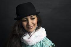 Mooi Armeens meisje in hoed het stellen in a Royalty-vrije Stock Afbeelding