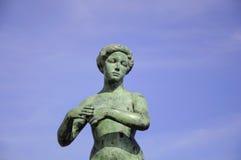 Mooi beeldhouwwerk van een vrouw Stock Fotografie