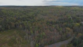 Mooi bergenlandschap in Pocono-Bergen Pennsylvania stock video