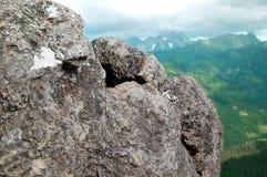 Mooi berglandschap met meningen van de diepe vallei Royalty-vrije Stock Afbeelding