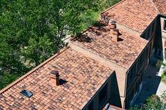 Mooi betegeld dakhuis in Madrid Stock Afbeeldingen