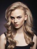Mooi blonde Royalty-vrije Stock Afbeeldingen