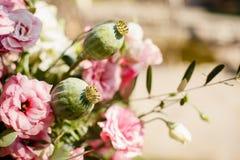 Mooi boeket van zachte roze bloemen stock foto