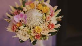 Mooi bruids boeket stock videobeelden