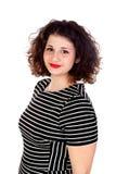 Mooi curvy meisje met gestreepte kleding en rode lippen stock afbeeldingen