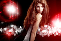Mooi dansend meisje royalty-vrije stock afbeeldingen