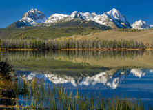 Mooi de bergmeer van Idaho Royalty-vrije Stock Afbeeldingen