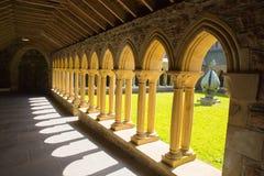 Mooi de lenteweer van Iona Abbey Scotland het UK bij dit historische oriëntatiepunt op het Schotse eiland Stock Foto
