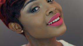 Mooi emotioneel Zwarte stock video