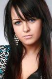 Mooi en sexy donkerbruin blauw-eyed meisje stock foto