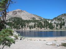 Mooi glazig Crystal Lake stock foto