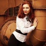 Mooi glimlachend roodharig meisje Royalty-vrije Stock Foto
