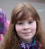 Mooi Glimlachend Schoolmeisje Stock Foto's