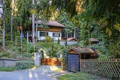 Mooi huis in bergen 1 royalty-vrije stock foto