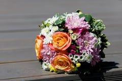 Mooi huwelijksboeket van de bruid Stock Foto