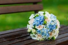 Mooi huwelijksboeket van de bruid Stock Foto's