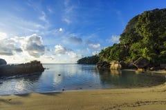 Mooi idyllisch paradijsstrand op Seychellen 2 Royalty-vrije Stock Afbeeldingen