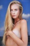 Mooi jong blonde meisje Royalty-vrije Stock Fotografie