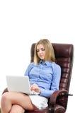 Mooi jong meisje met laptop Stock Foto's
