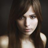 Mooi jong vrouwenportret Stock Afbeelding