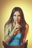 Mooi kleurrijk gestemd studioportret van sensuele jonge vrouwen Stock Afbeelding