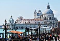 Mooi La-Basiliekdi Santa Maria della Salute in Venetië, Italië royalty-vrije stock foto's