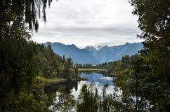 Mooi landschap bij Meer Matheson stock fotografie