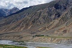 Mooi landschap die verbazende textuur op de bergen tonen Royalty-vrije Stock Foto