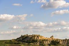Mooi landschap en bewolkte hemel Stock Foto