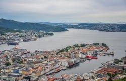 Mooi landschap en mening van Bergen, Noorwegen royalty-vrije stock afbeelding