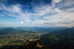 Mooi landschap met bergen Royalty-vrije Stock Afbeeldingen
