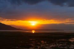 Mooi landschap met zonsopgang Stock Foto