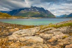 Mooi landschap van aard in Lofoten-eilanden, Noorwegen Royalty-vrije Stock Fotografie