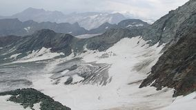 Mooi landschap van grossglockner in tauern hohe stock video