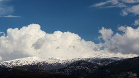Mooi landschap van Sierra Nevada zoals die van direct wordt gezien stock fotografie
