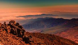 Mooi landschap in zonsondergang Royalty-vrije Stock Afbeeldingen