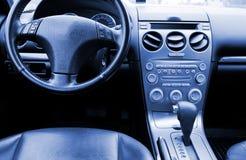 Mooi leerbinnenland van de moderne auto Stock Afbeeldingen