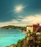 Mooi mediterraan landschap, Franse riviera Stock Afbeeldingen