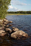 Mooi meer in Karelië. Noord- Rusland Stock Afbeelding