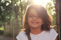 Mooi Meisje bij aard Stock Foto's