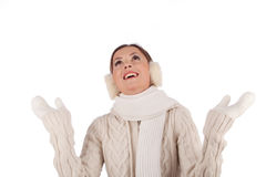 Mooi meisje dat op sneeuw wacht royalty-vrije stock foto's