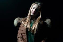 Mooi meisje in de winter Royalty-vrije Stock Afbeeldingen