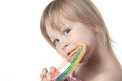 Mooi meisje die een grote lolly houden Royalty-vrije Stock Afbeelding